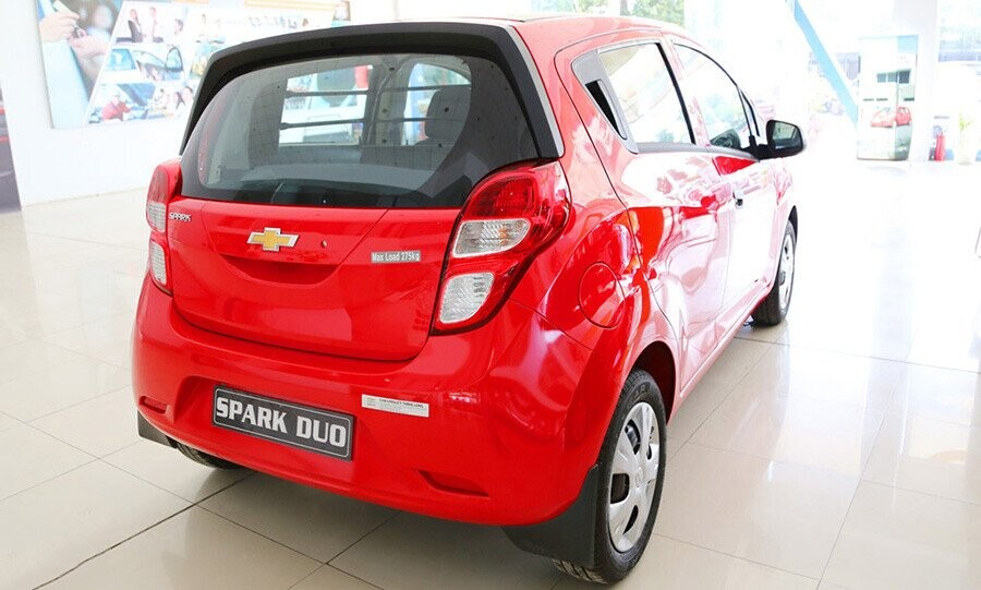 ngoai-that-chevrolet-spark-duo-6.jpg