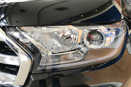 Ngoại thất Ford Everest Titanium 2.0L AT 4WD - Hình 6