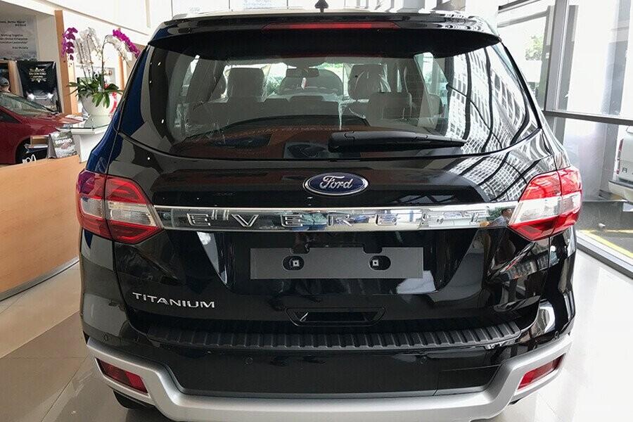 Ngoại thất Ford Everest Titanium 2.0L AT 4WD - Hình 11