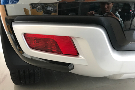 Ngoại thất Ford Everest Titanium 2.0L AT 4WD - Hình 13