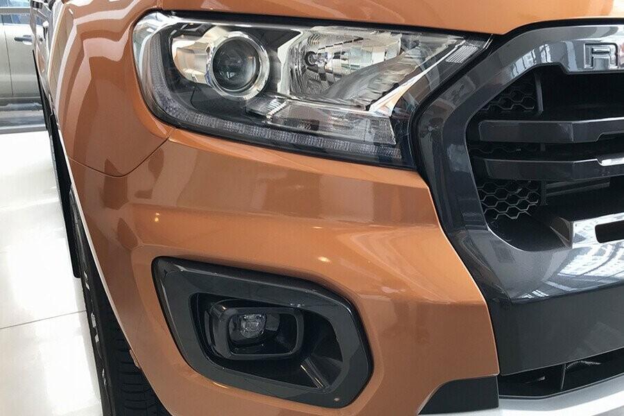 Ngoại thất Ford Ranger Wildtrak 2.0L AT 4X2 - Hình 1