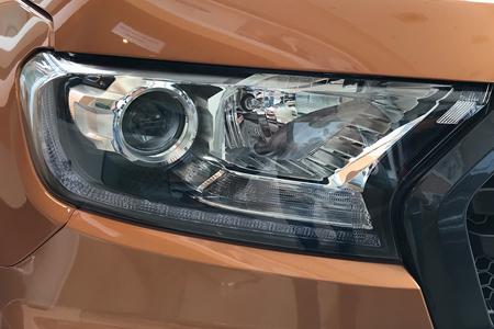 Ngoại thất Ford Ranger - Hình 2