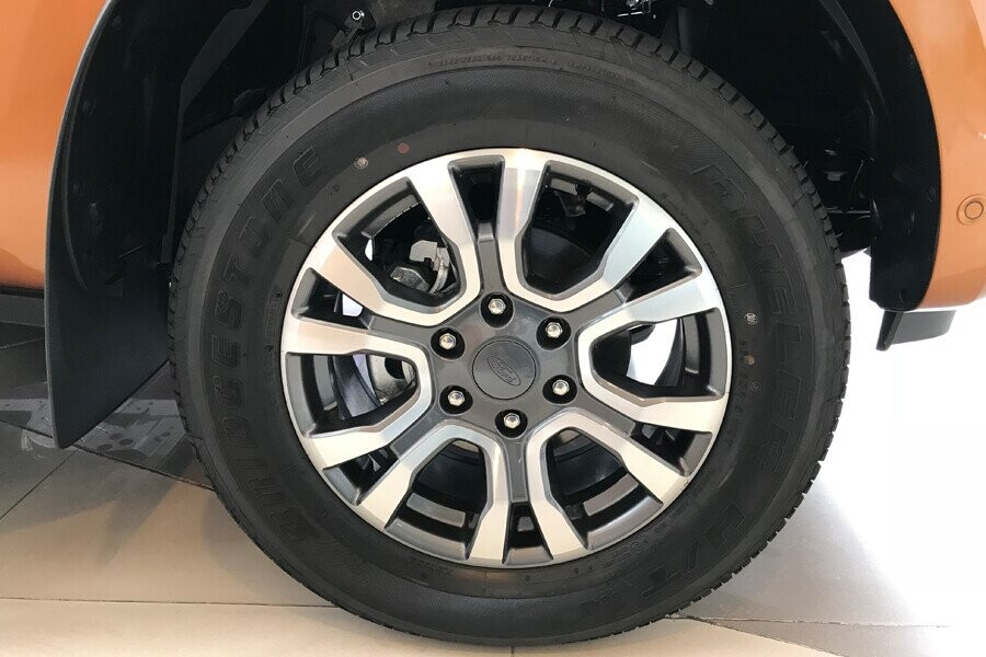 Ngoại thất Ford Ranger Wildtrak 2.0L AT 4X2 - Hình 7