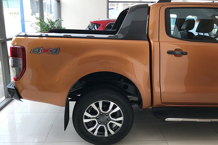 Ngoại thất Ford Ranger Wildtrak 2.0L AT 4X2 - Hình 9