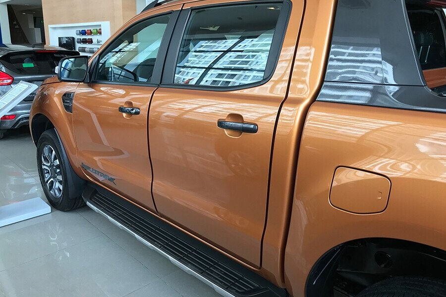 Ngoại thất Ford Ranger Wildtrak 2.0L AT 4X2 - Hình 12