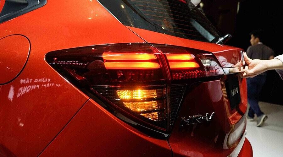 Honda HR-V gây ấn tượng không kém với cụm đèn hậu LED