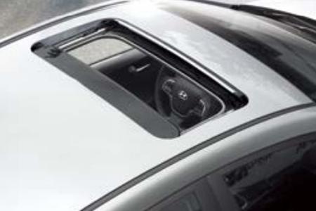 Ngoại thất Hyundai Accent 1.4 AT Đặc Biệt - Hình 11