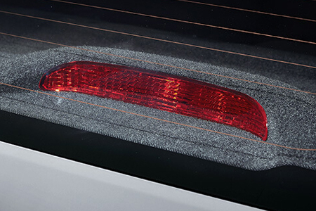 Ngoại thất Hyundai Accent 1.4 MT tiêu chuẩn - Hình 14