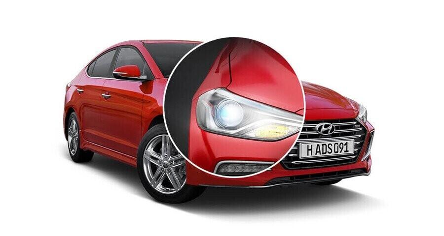 Hệ thống đèn Bi-Xenon cho cả Pha – cos của xe đem đến ánh sáng