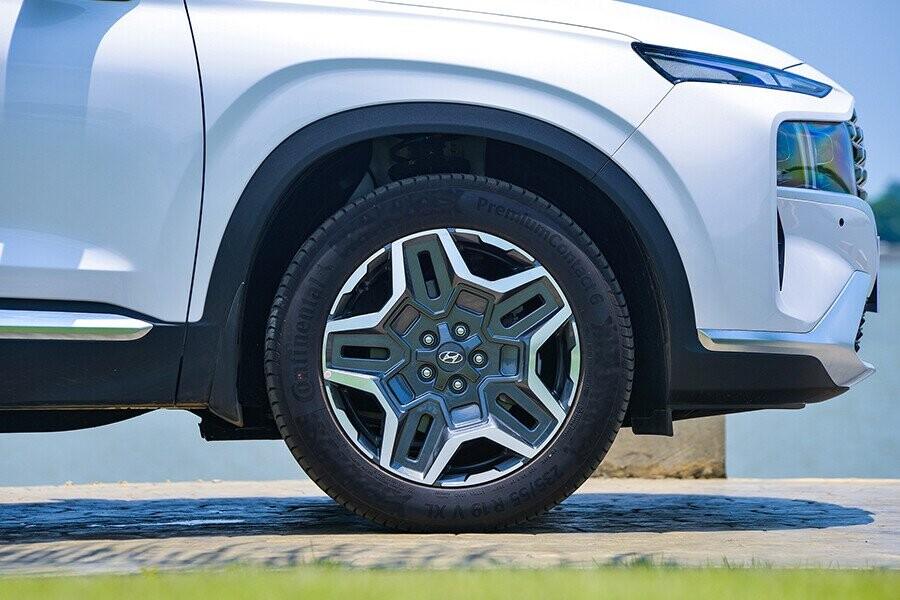 Lazang xe có 18 inch