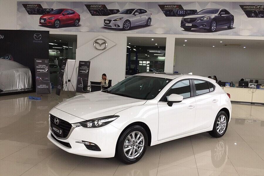 Mazda 3 hackback