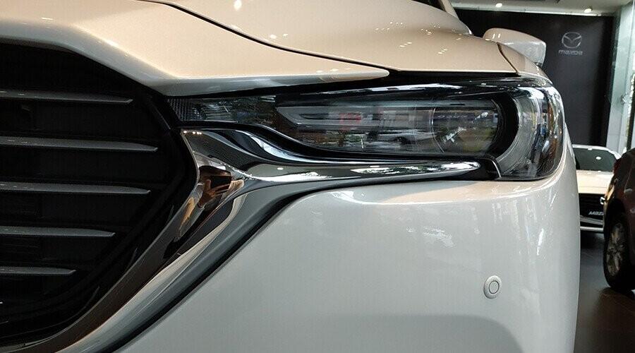 Mazda CX-8 có cụm đèn trước LED