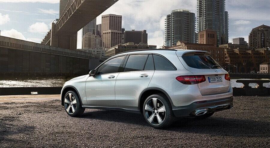 ngoai-that-mercedes-benz-glc-300-4matic-coupe-02.jpg