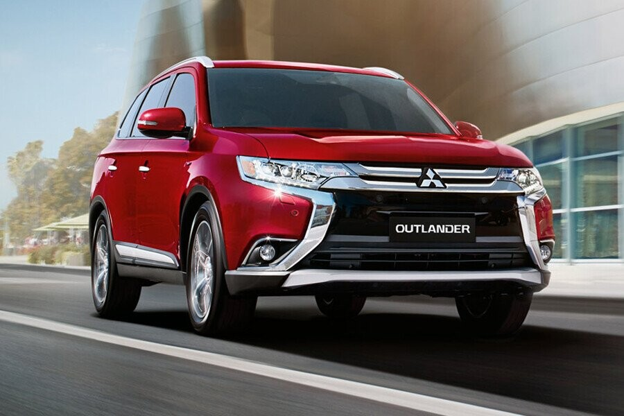 Ngoại thất Mitsubishi Outlander CVT 2.4 Premium - Hình 1