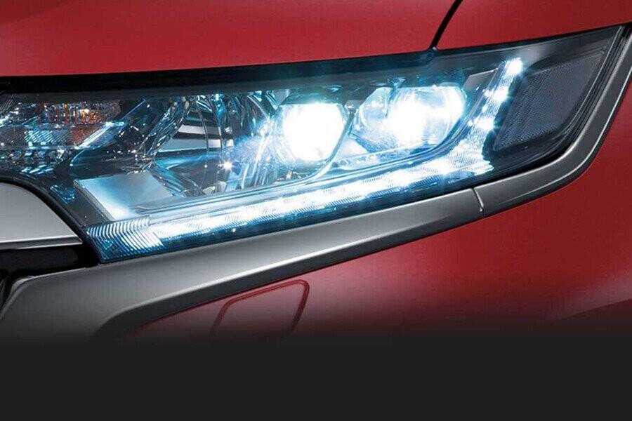 Ngoại thất Mitsubishi Outlander CVT 2.4 Premium - Hình 2