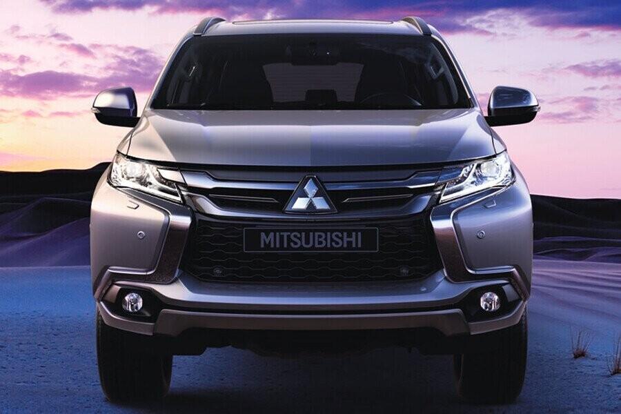 Ngoại thất Mitsubishi Mitsubishi Pajero Sport Diesel 4x2 AT - Hình 1