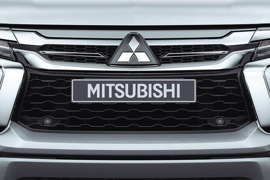 Ngoại thất Mitsubishi Mitsubishi Pajero Sport Diesel 4x2 AT - Hình 5