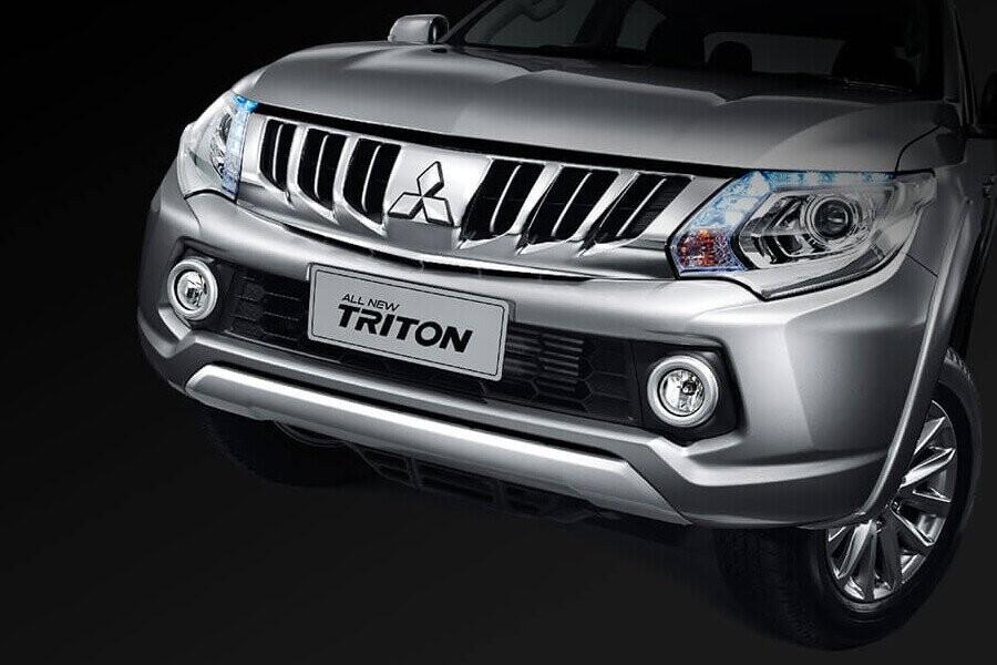 Đèn pha Mitsubishi Triton 4x2 MT
