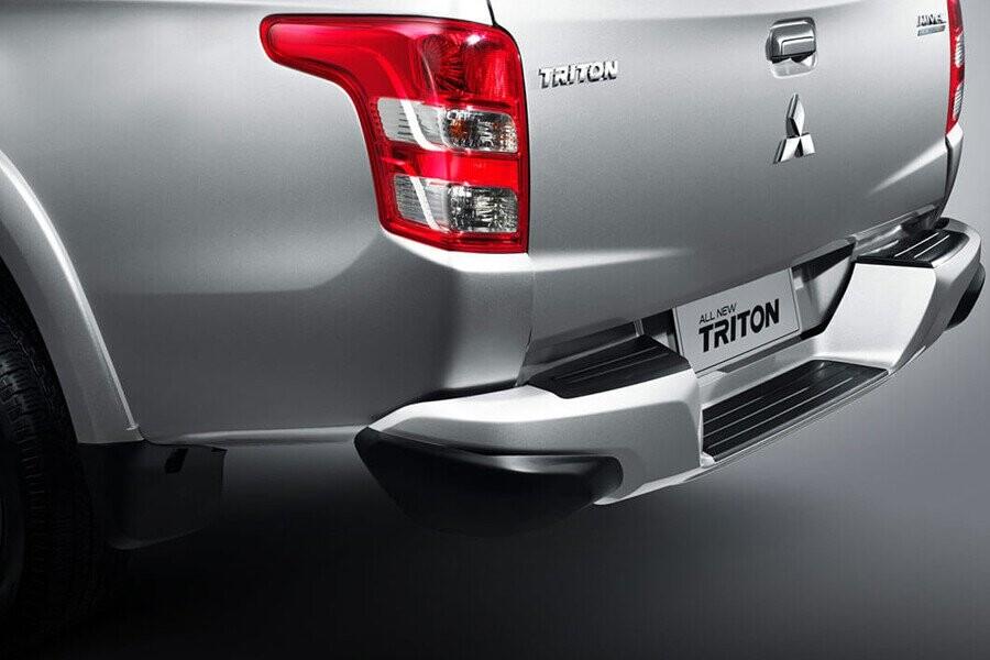 Cản sau Mitsubishi Triton 4x2 MT