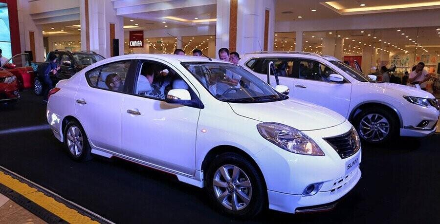 Thân xe xe với những đường nét thiết kết thanh thoát tinh tế