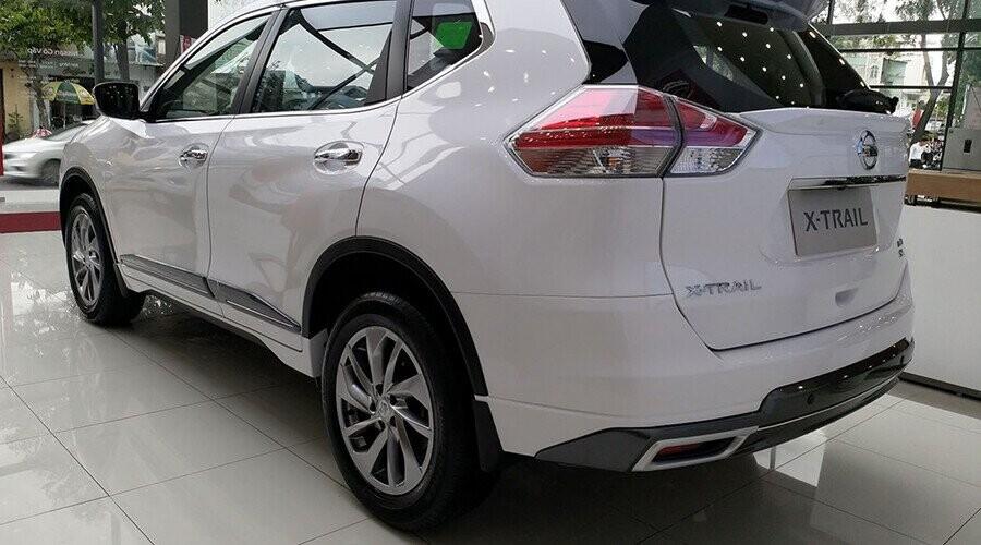 Nissan X-Trail có đuôi xe được cải tiến mạnh mẽ với cụm đèn hậu LED