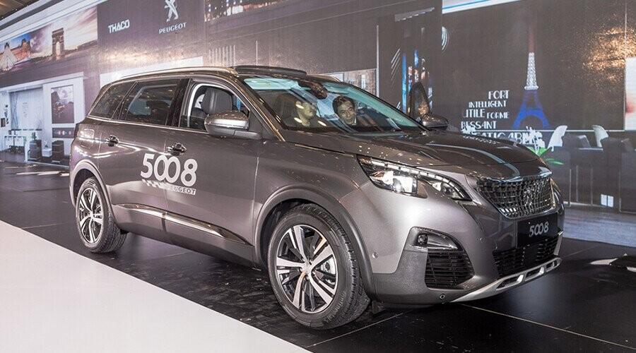 Peugeot 5008 thiết kế ngoại thất sang trọng