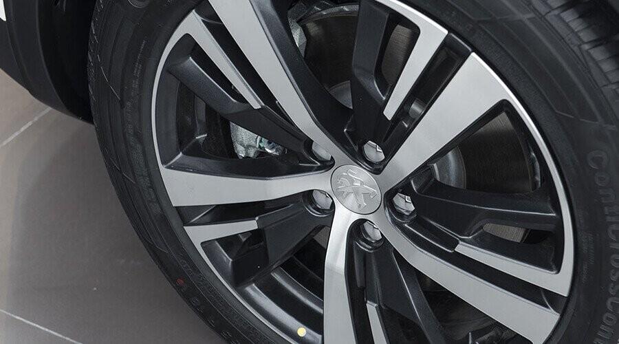 Mâm xe Peugeot 5008 thiết kế thể thao