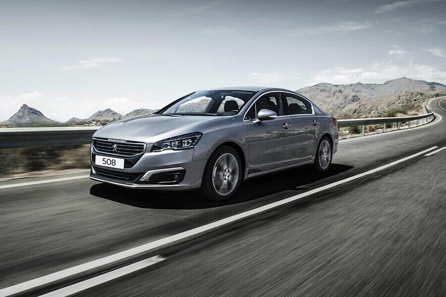Phong cách thiết kế của Peugeot 508 thể hiện sự sang trọng, mạnh mẽ và tinh xảo ở mọi góc cạnh