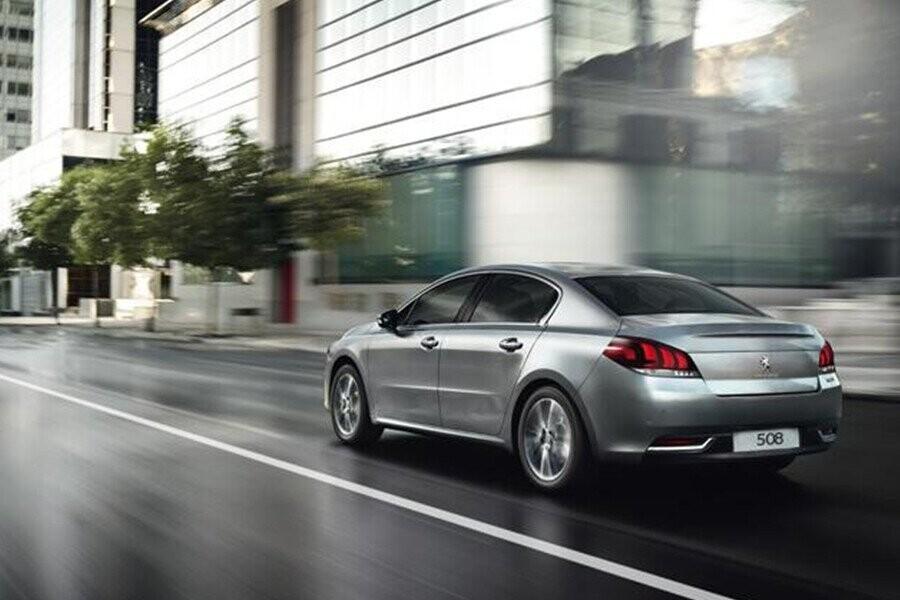 Peugeot 508 hướng đến sự sang trọng, mạnh mẽ