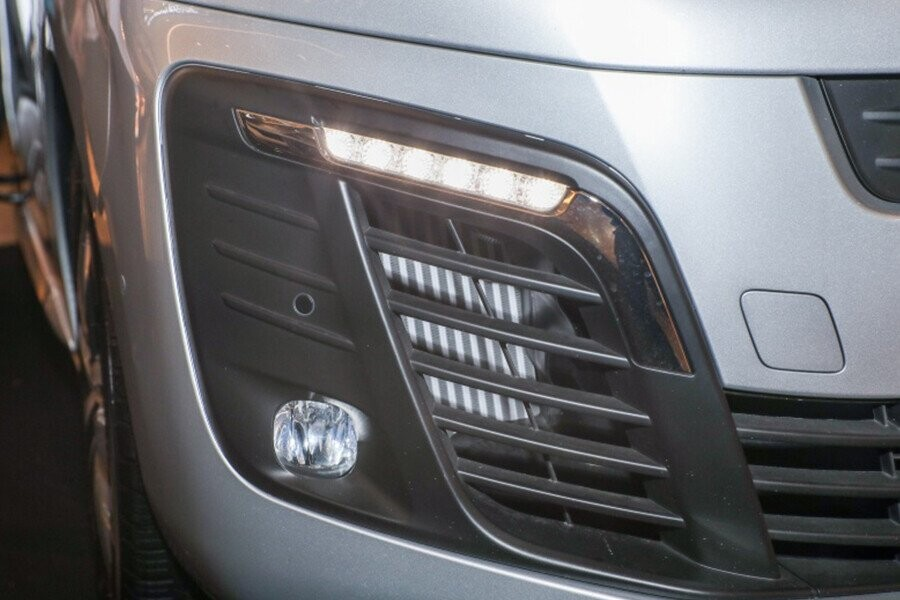 Cụm đèn sương mù LED