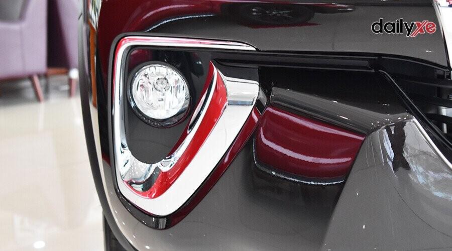 Ngoại thất Toyota Fortuner 2.8V 4x4 - Hình 4