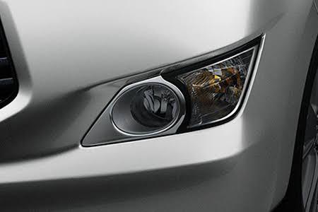 Ngoại thất Toyota Innova 2018 2.0G - Hình 3