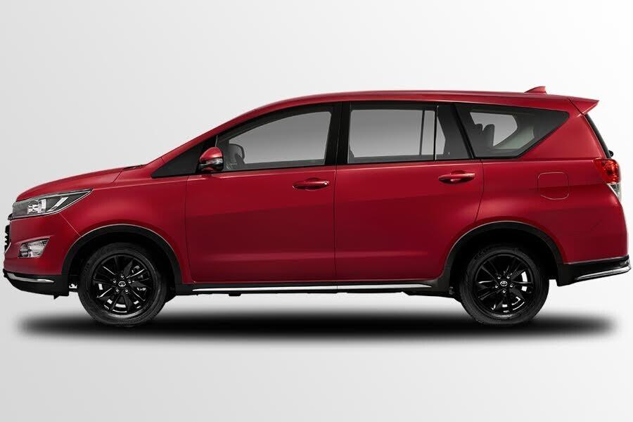 Ngoại thất Toyota Innova Venturer- Hình 1
