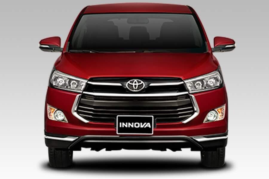 Ngoại thất Toyota Innova Venturer - Hình 2