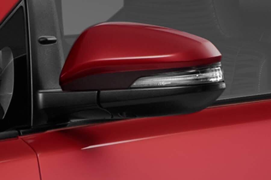Ngoại thất Toyota Innova Venturer - Hình 5