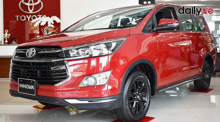 Ngoại thất Toyota Innova Venturer thiết kế tinh tế