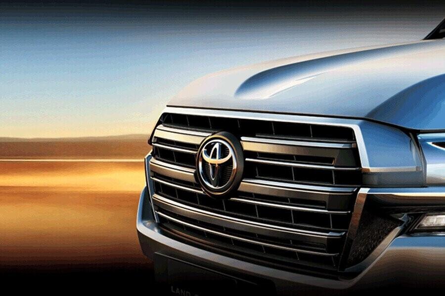 Ngoại thất Toyota Land Cruiser - Hình 2