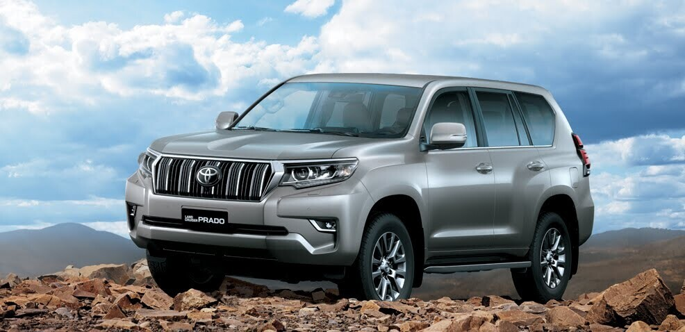 Land Cruiser Prado trở thành niềm tự hào góp phần nâng cao vị thế của chủ sở hữu trên mọi địa hình.
