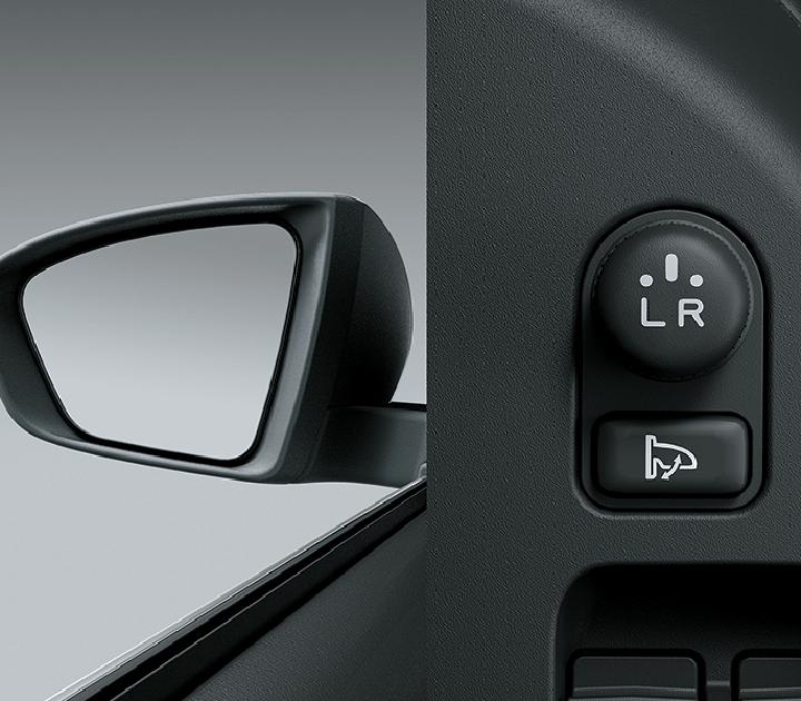 Gương chiếu hậu điều chỉnh điện, chức năng gập điện và tích hợp đèn báo rẽ
