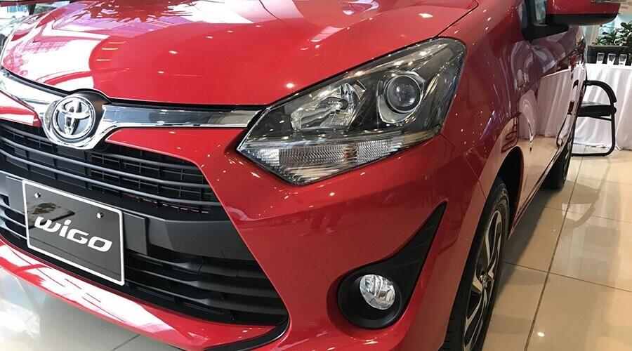 Cụm đèn trước Toyota Wigo