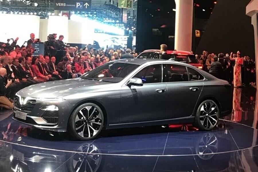 VinFast LUX A2.0 sedan thật sự đảm bảo đủ nét tinh tế, sang trọng