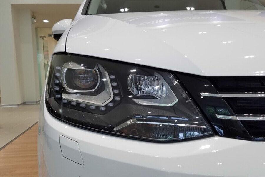 Hệ thống đèn LED chiếu sáng ban ngày đi kèm đèn pha xenon
