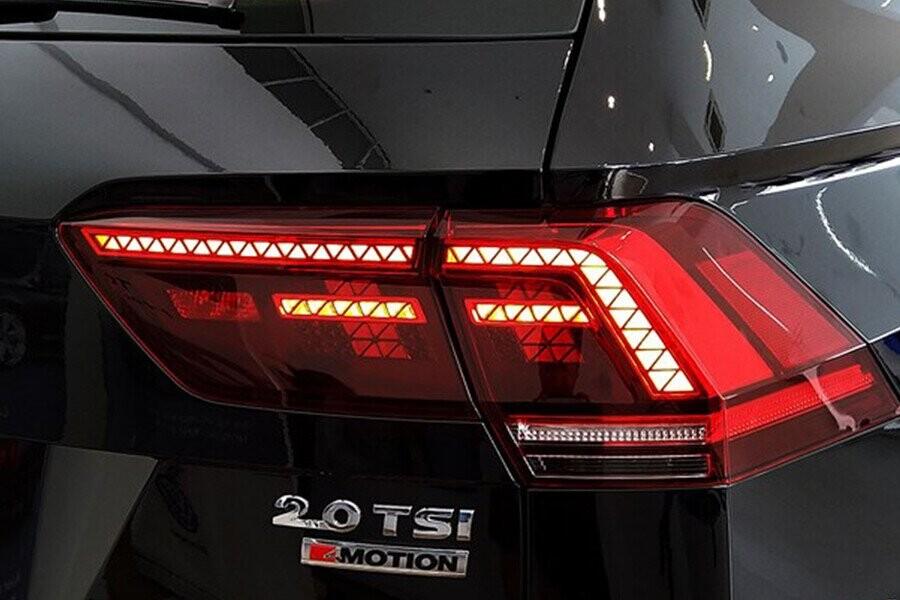 Cụm đèn sau LED độ chiếu sáng tương phản cao