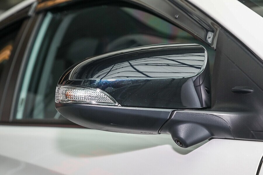 Gương chiếu hậu có tính năng chỉnh điện