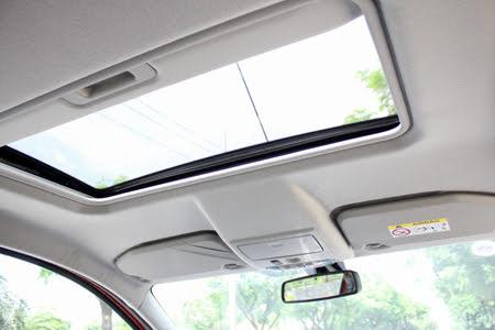 Cửa sổ trời mang đến không gian thoải mái