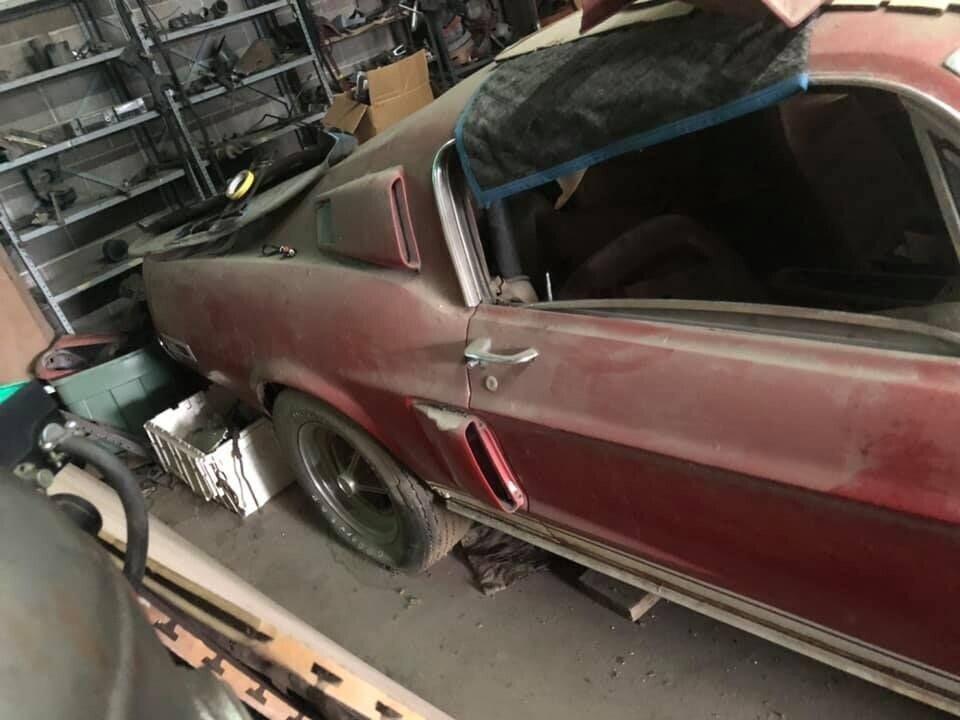 'Ngua hoang' Ford Mustang doi dau bo hoang 30 nam trong nha kho hinh anh 4 4.jpg