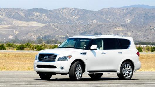 Người Việt trải nghiệm xe sang Infiniti QX80 trên đất Mỹ - Hình 1