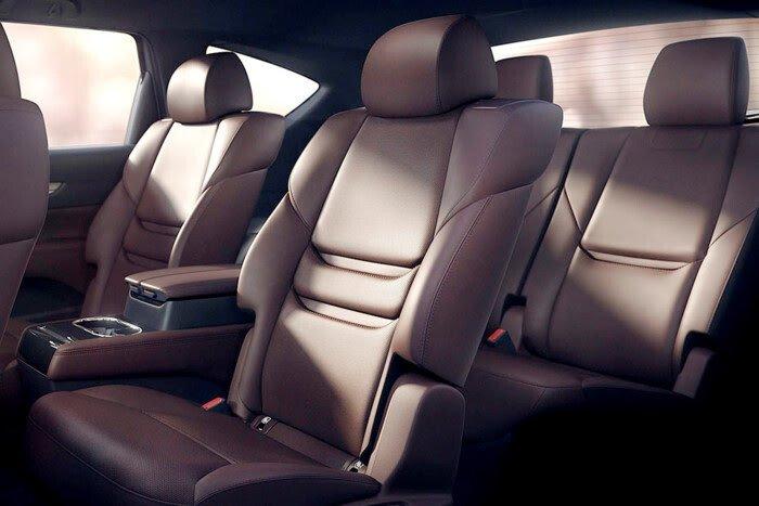 Những hình ảnh đầu tiên của Mazda CX-8 ba hàng ghế - Hình 3