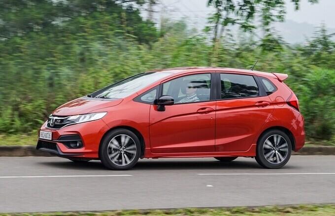 Những lựa chọn ôtô tầm giá 600 triệu cho khách Việt - Hình 9