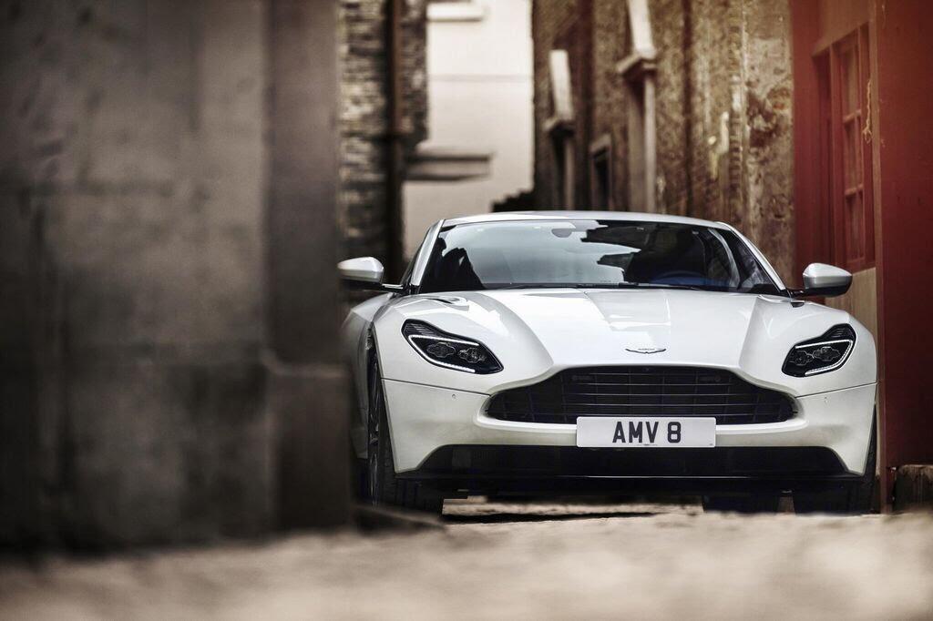 Những mẫu xe của Aston Martin được công chúng Việt Nam trông đợi - Hình 3